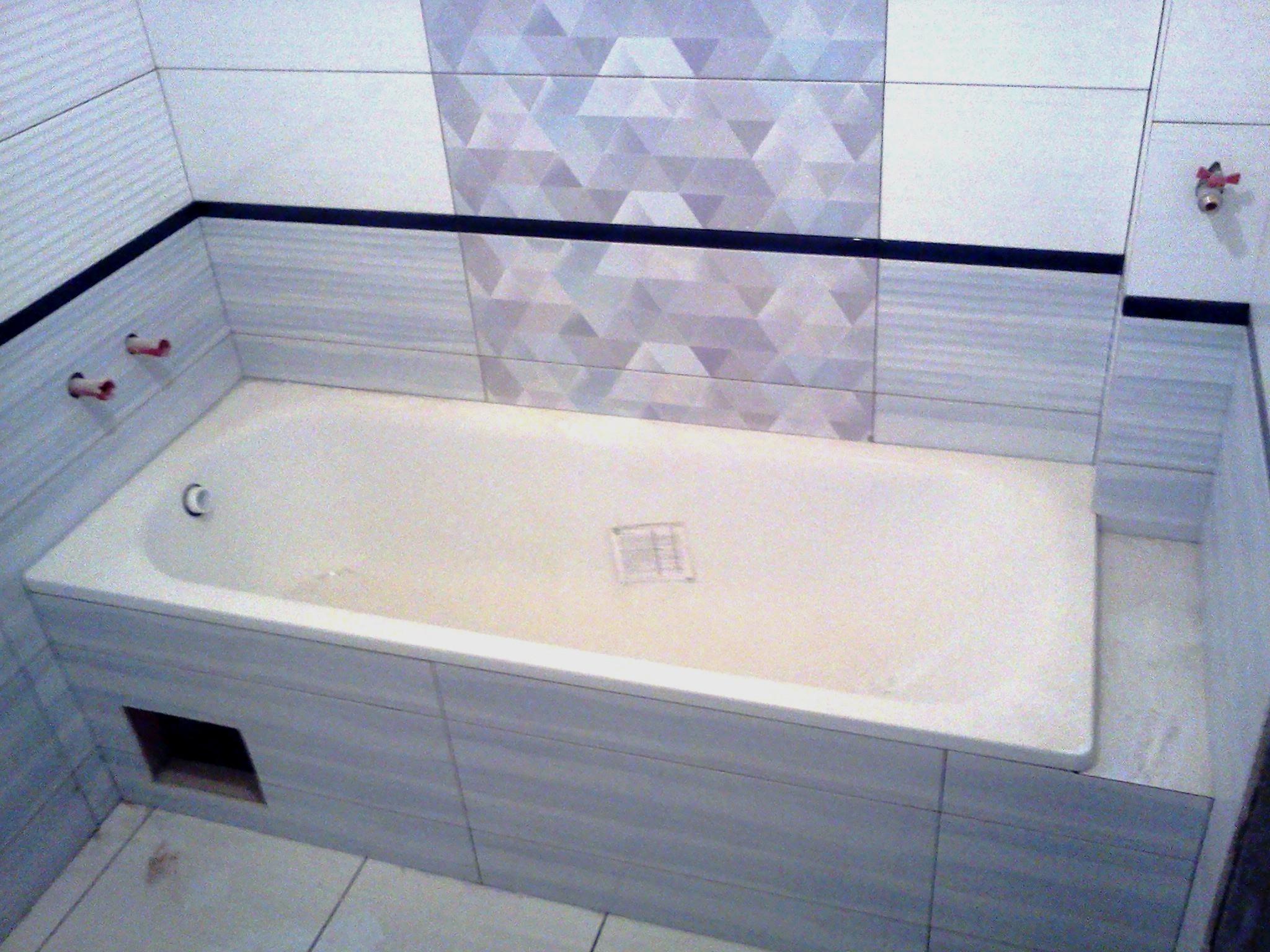 Встановлення плитки в ванній
